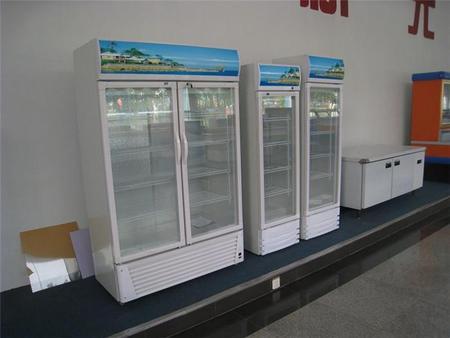 玻璃门展示柜图片